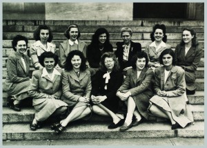 First class of women accepted to Harvard Medical School, 1945. (HMS, Classes and Reunions, 00100.057)